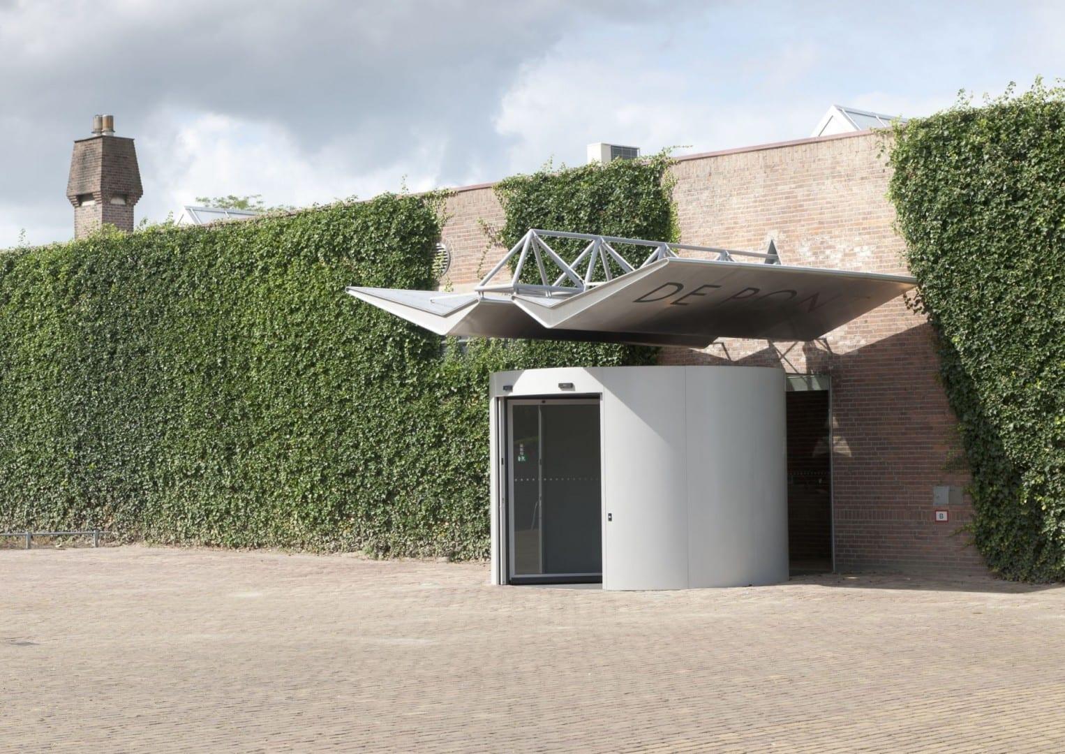 Entrada al Museo de Pont Tilburg Países Bajos