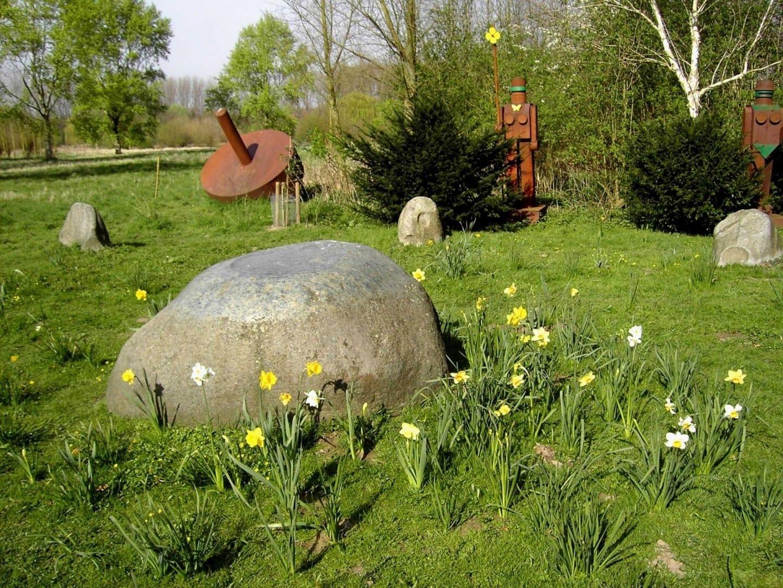 Esculturas y Museo Insel Hombroich Neuss Alemania