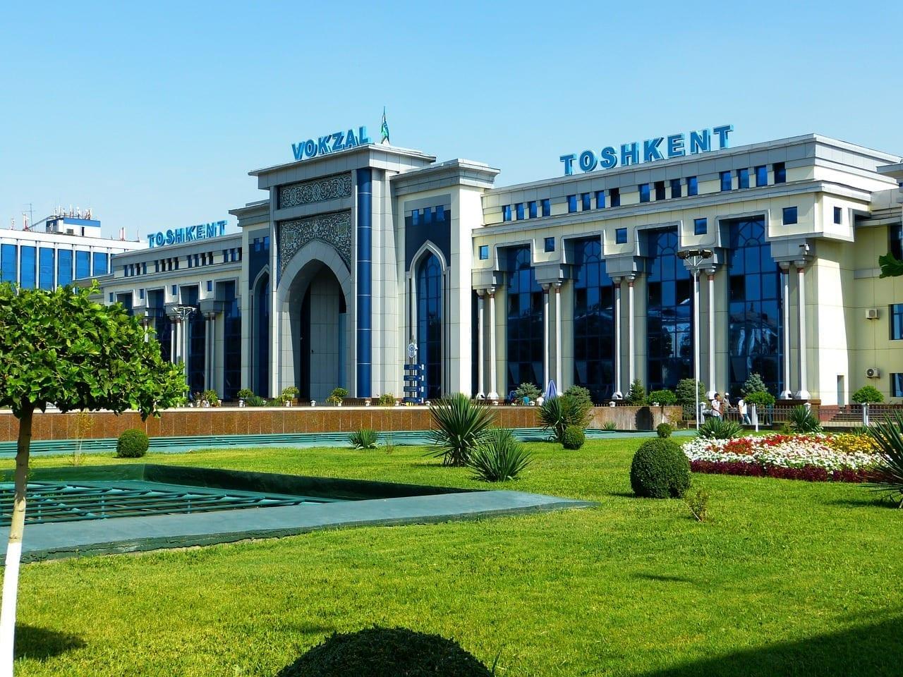 Estación De Ferrocarril Tashkent Uzbekistán Uzbekistán