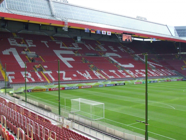 Estadio Fritz Walter en Kaiserslautern Kaiserlautern Alemania