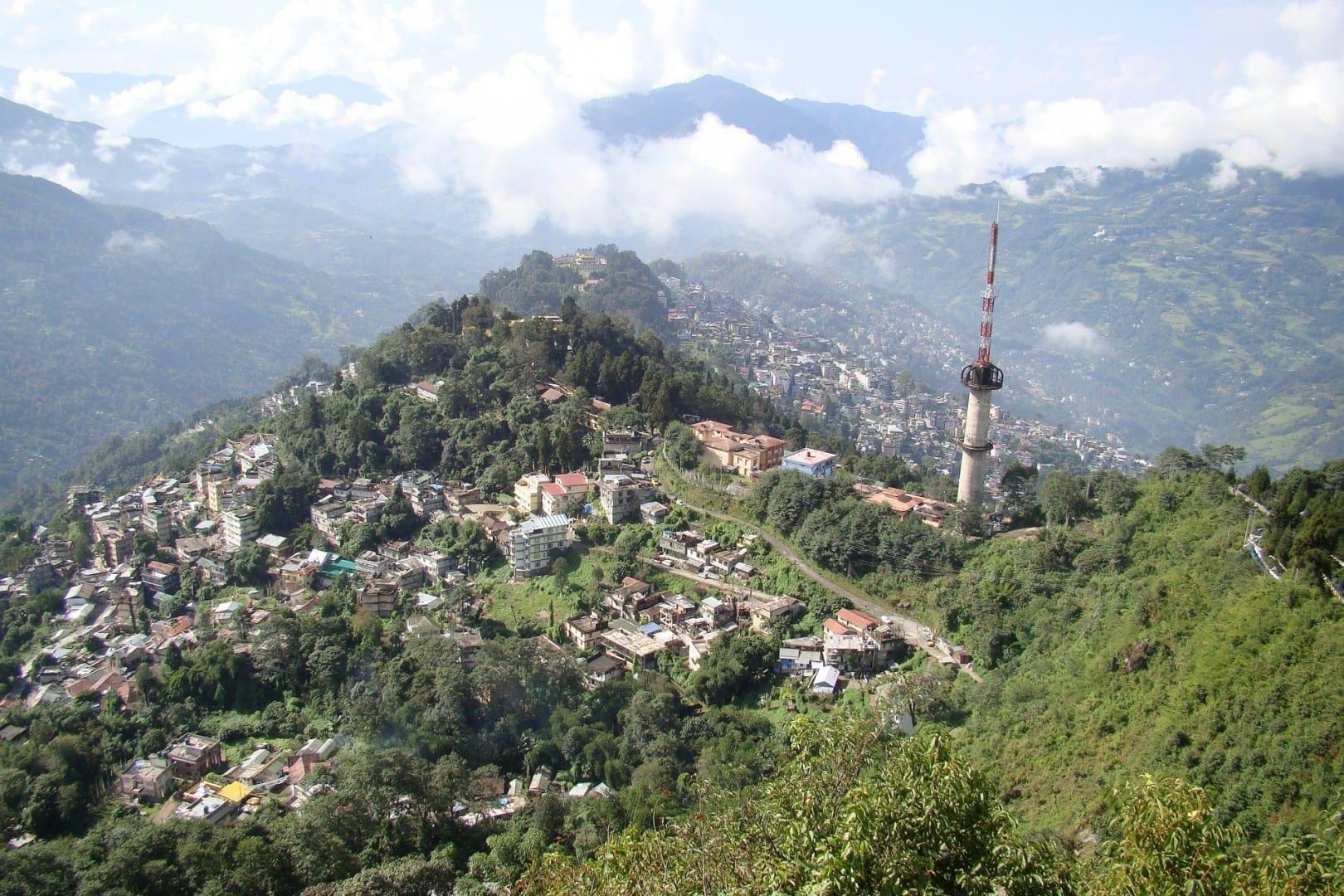 Gangtok, visto desde Ganesh Tok Gangtok India