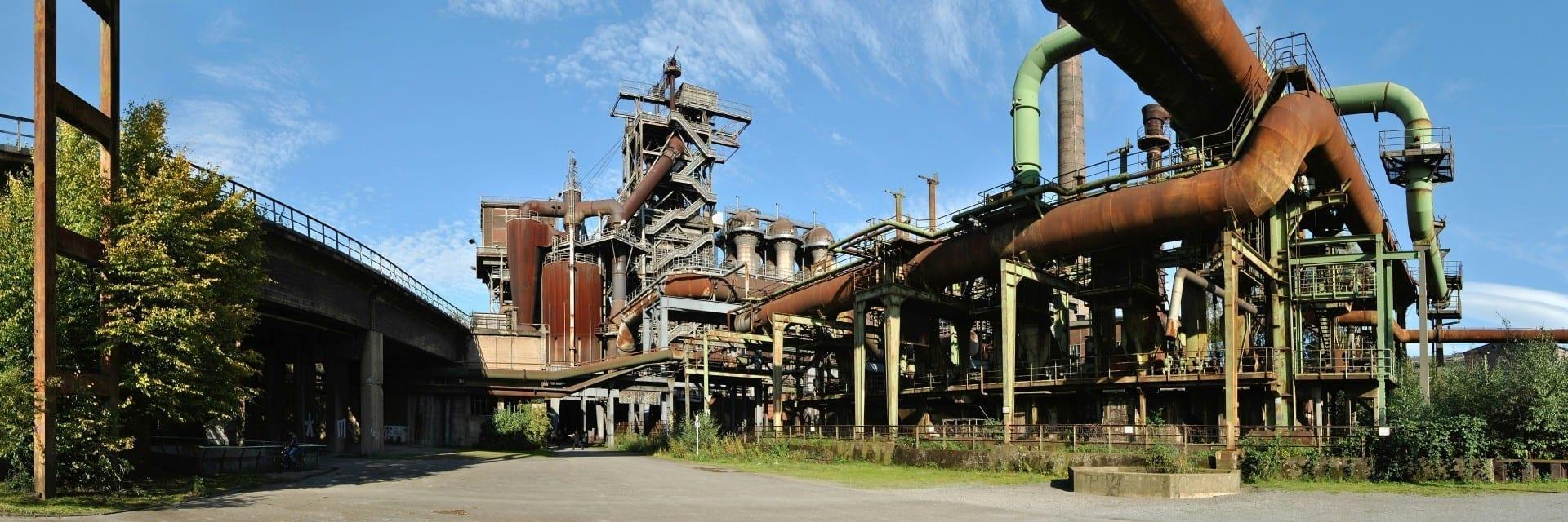 Horno en desuso en la antigua fábrica de acero Meiderich, ahora parque paisajístico Duisburg Alemania
