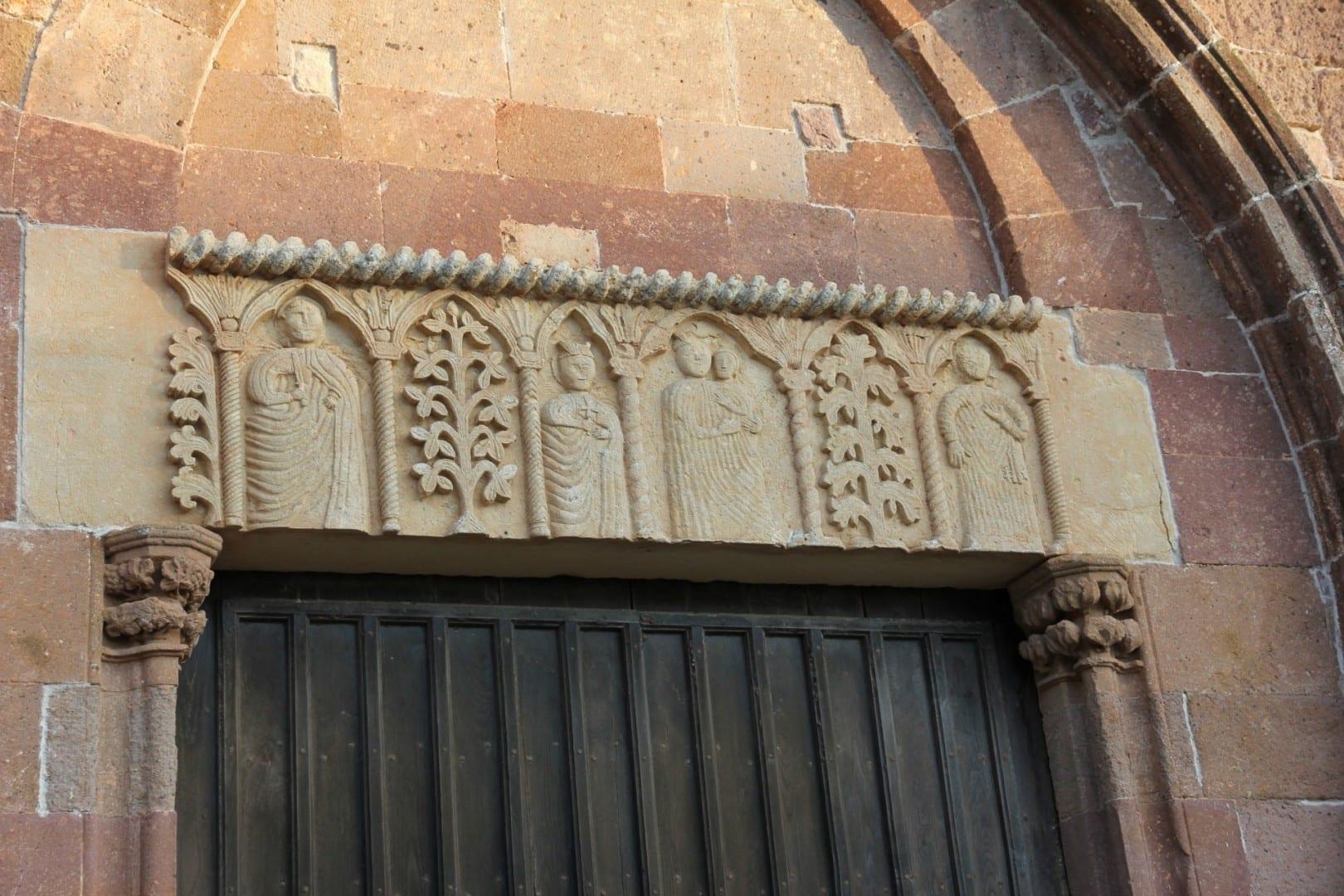 Iglesia de San Pedro (fragmento) Bosa Italia