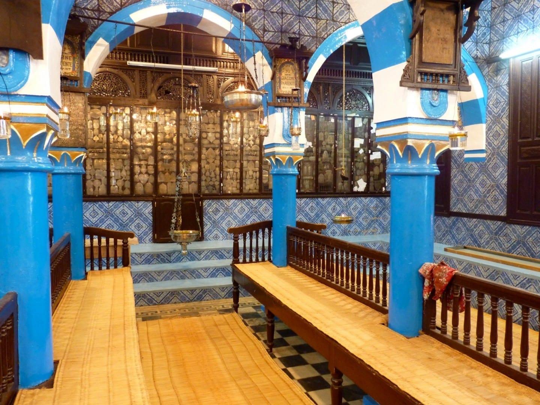 Interior de la Sinagoga El Ghriba Djerba Túnez