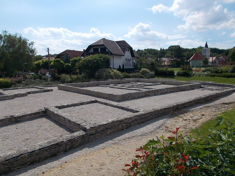 Jardín de Ruinas Romanas Hévíz Hungría
