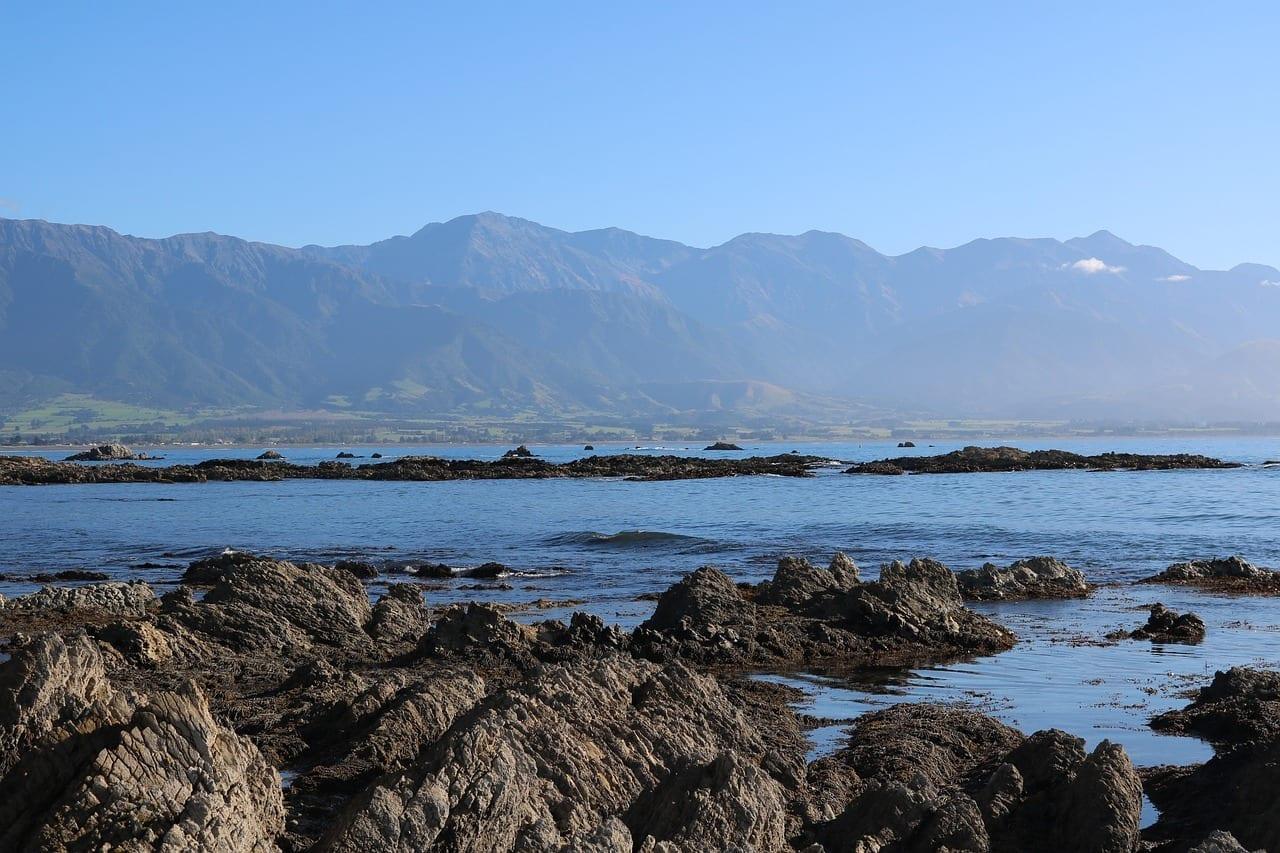 Kaikoura Montañas Mar Nueva Zelanda