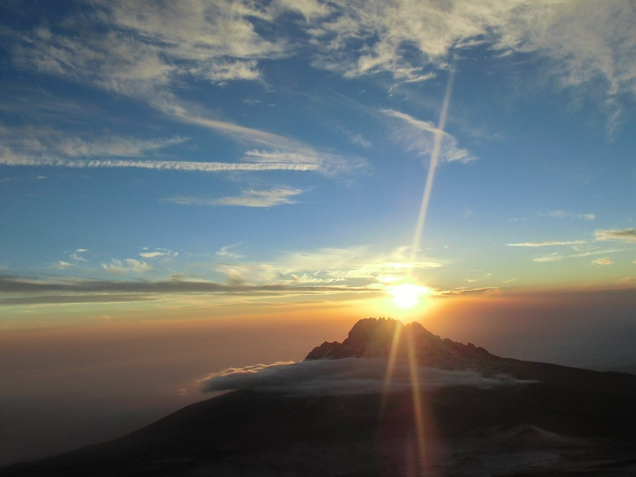 Kilimanjaro Sunrise Montaña Tanzania