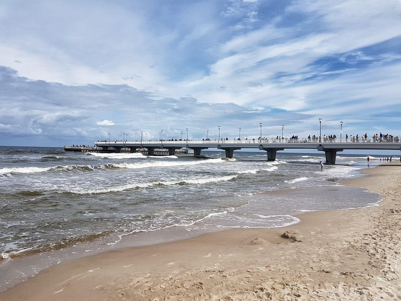 Kołobrzeg Playa La Costa Del Mar Báltico Polonia