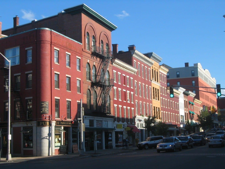 La calle principal inferior Bangor Estados Unidos