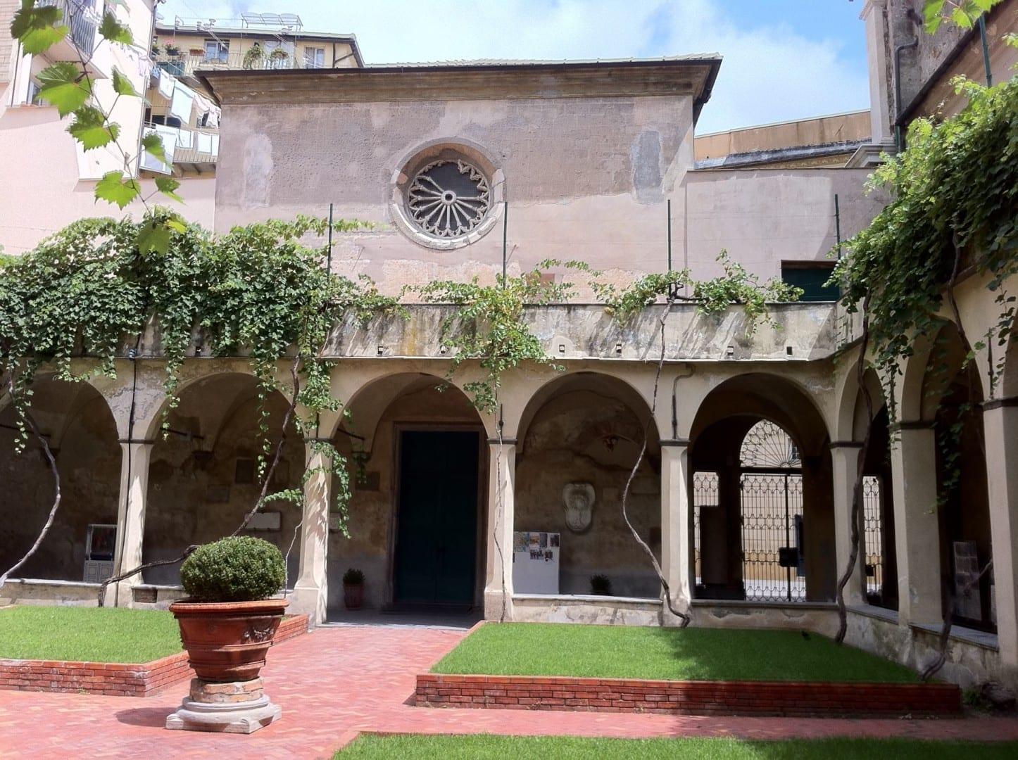 La Capilla Sixtina, en el claustro de la catedral, conserva su aspecto gótico original. Savona Italia