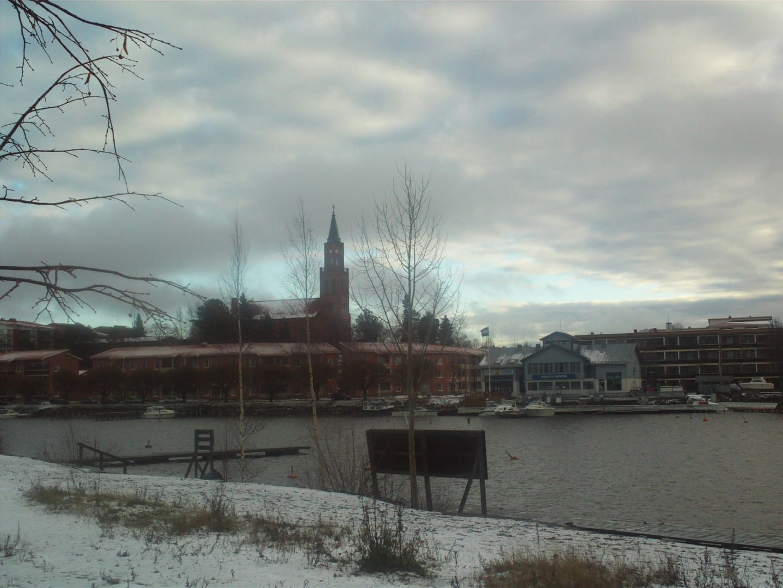 La catedral y parte del centro de la ciudad Savonlinna Finlandia