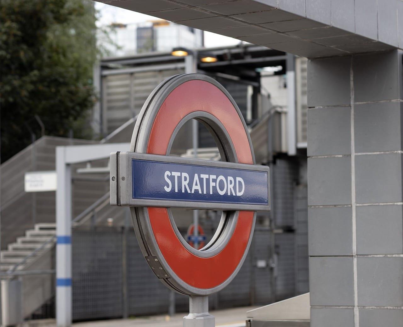 La Estación De Stratford Ferrocarril Signo Canadá