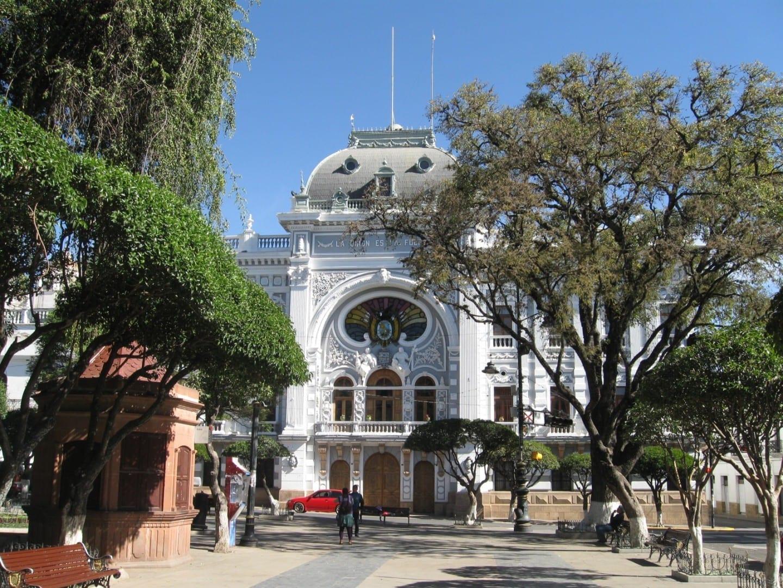 La oficina de la prefectura Sucre Bolivia