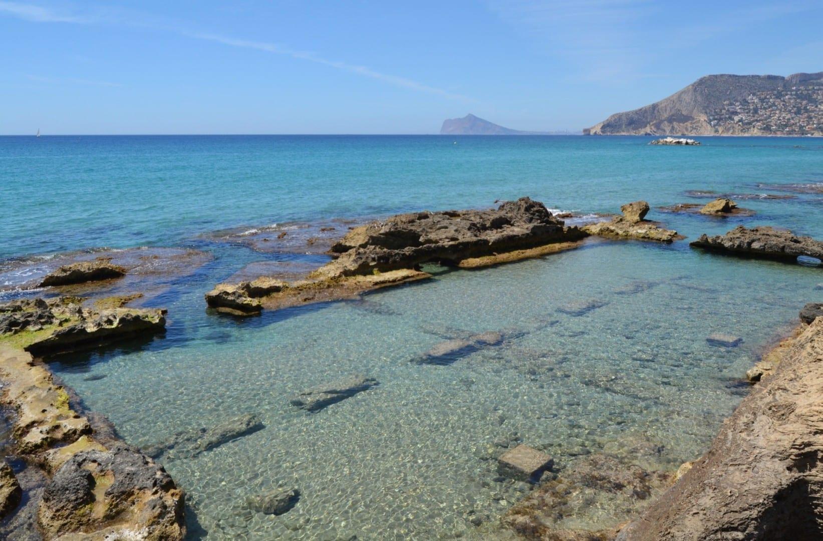 La piscifactoría romana en los Banys de la Reina Calpe España