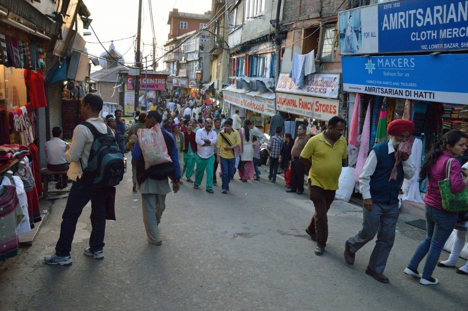 La zona del Bajo Bazar, Shimla. Shimla India