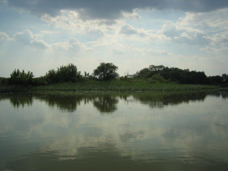Lago Tisza Debrecen Hungría