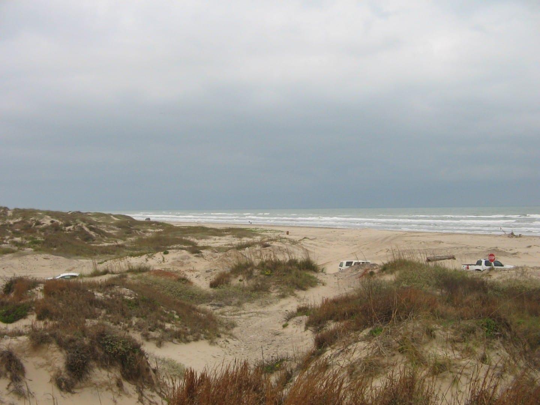 Las dunas de arena del Parque Estatal de Boca Chica. Brownsville Estados Unidos