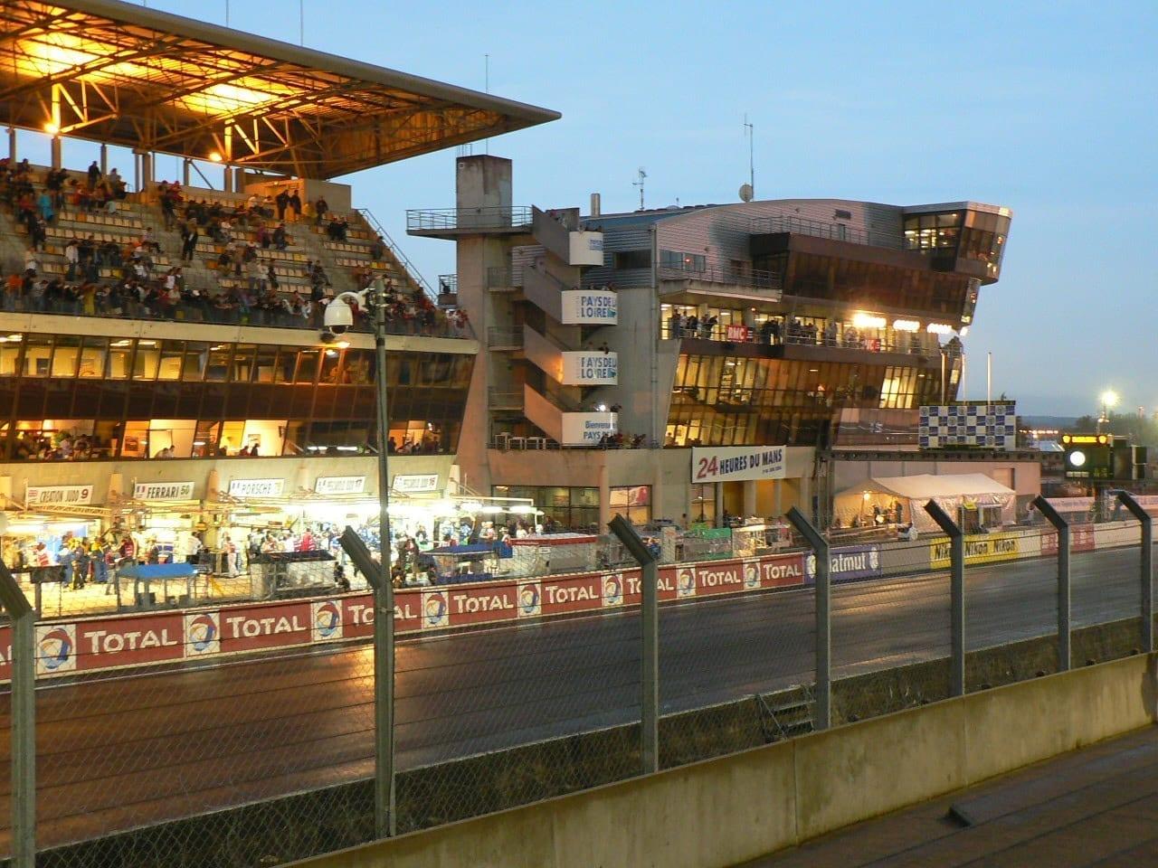 LeMans PitStop2 Le Mans Francia