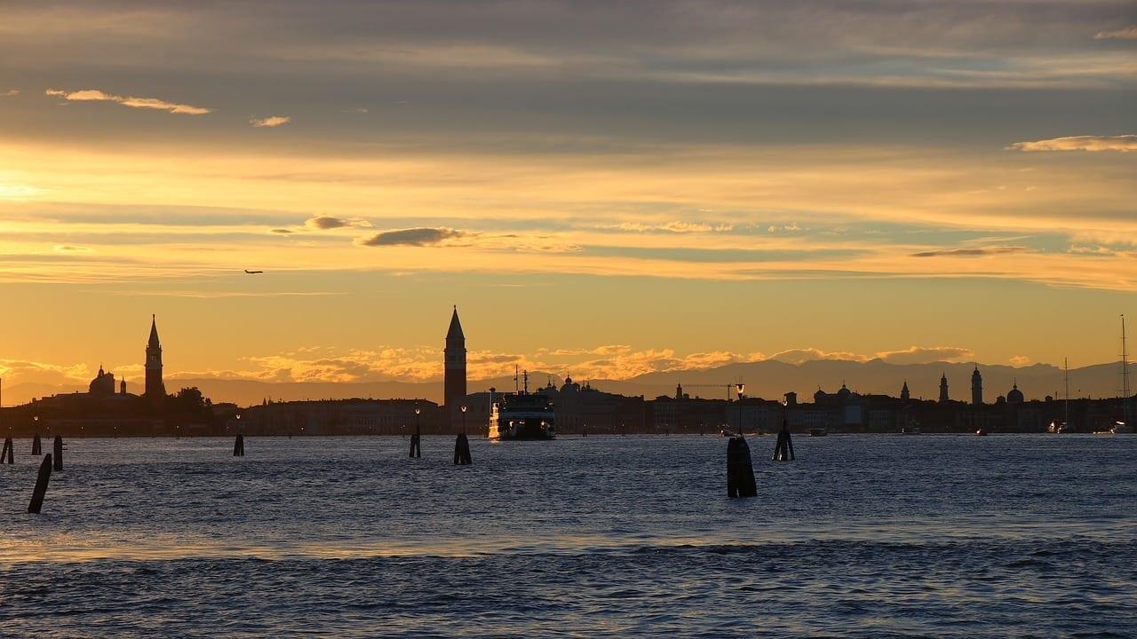 Lido Venecia Nubes Italia