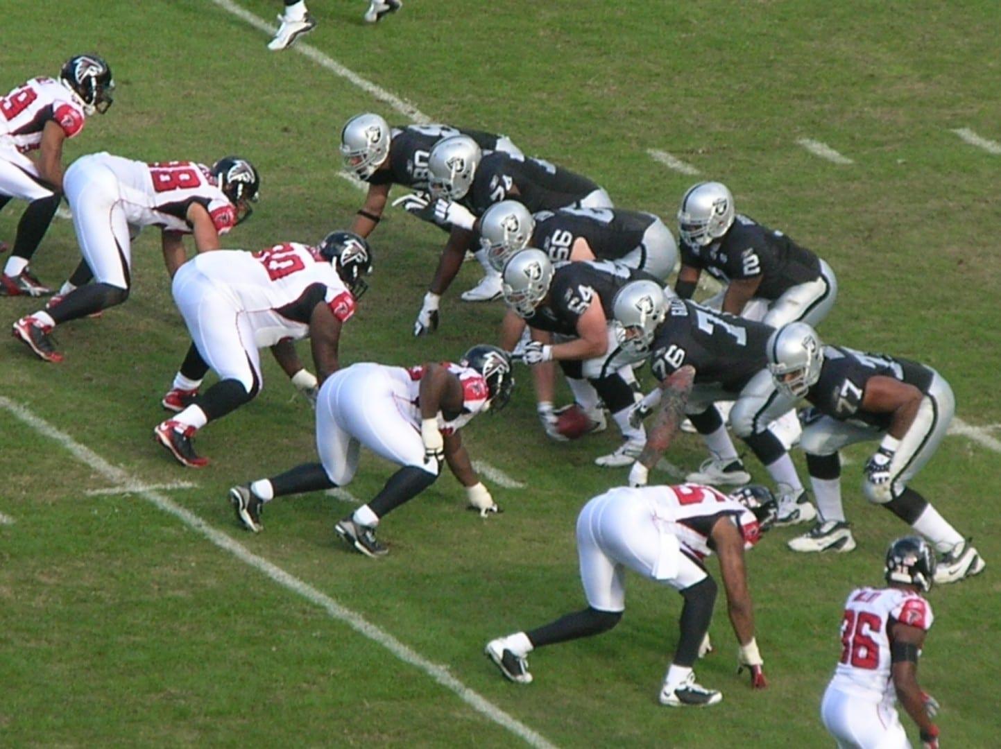 Los Raiders on O contra los Falcons. Oakland CA Estados Unidos