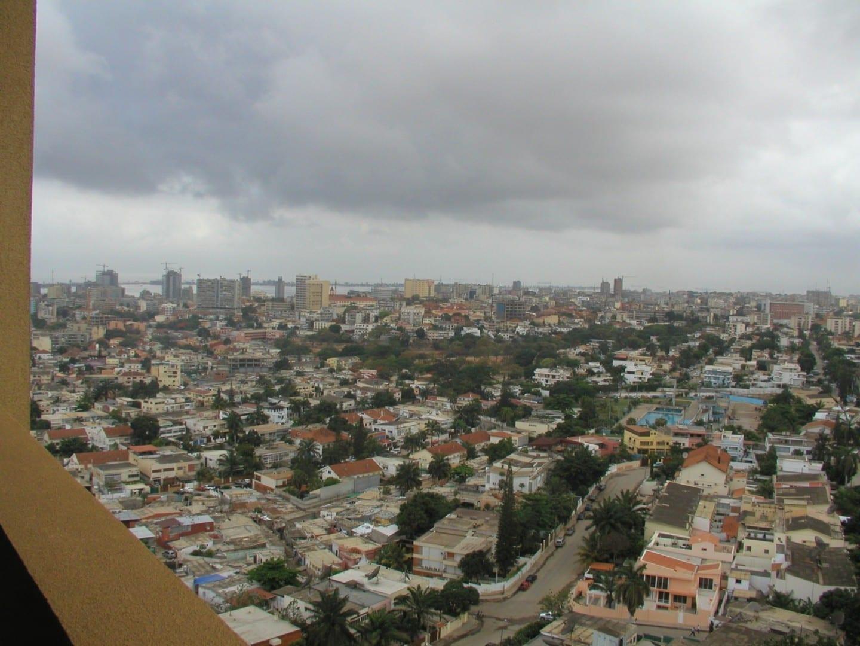 Luanda recibe casi toda su lluvia en marzo y abril. Luanda Angola