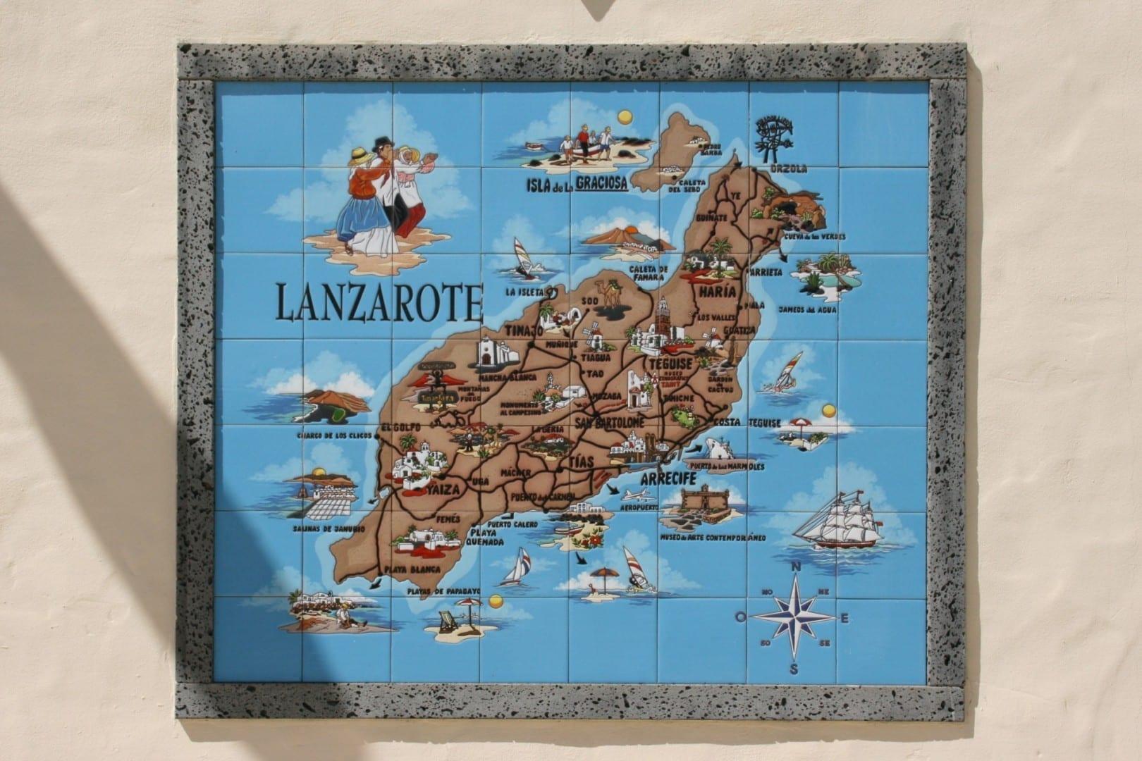 Mapa de Lanzarote que muestra las principales ciudades y sitios de interés. Lanzarote (Islas Canarias) España