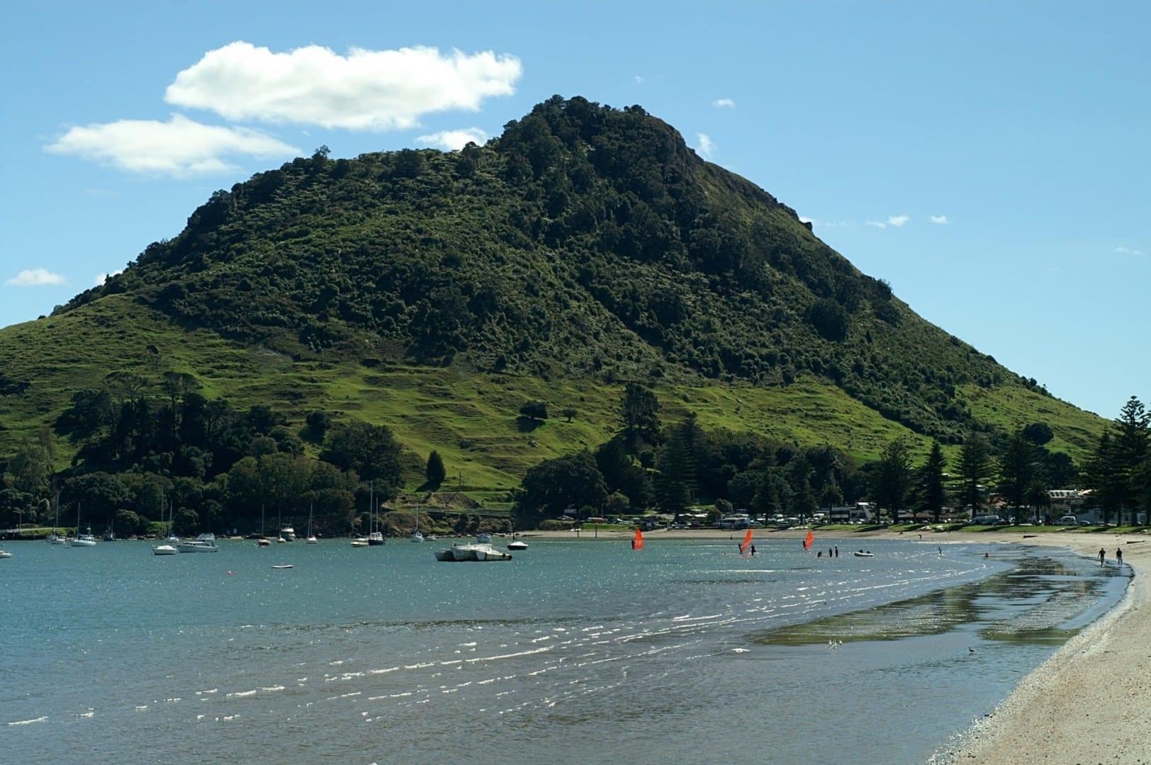 Mauao y la playa (mirando al norte) Tauranga Nueva Zelanda