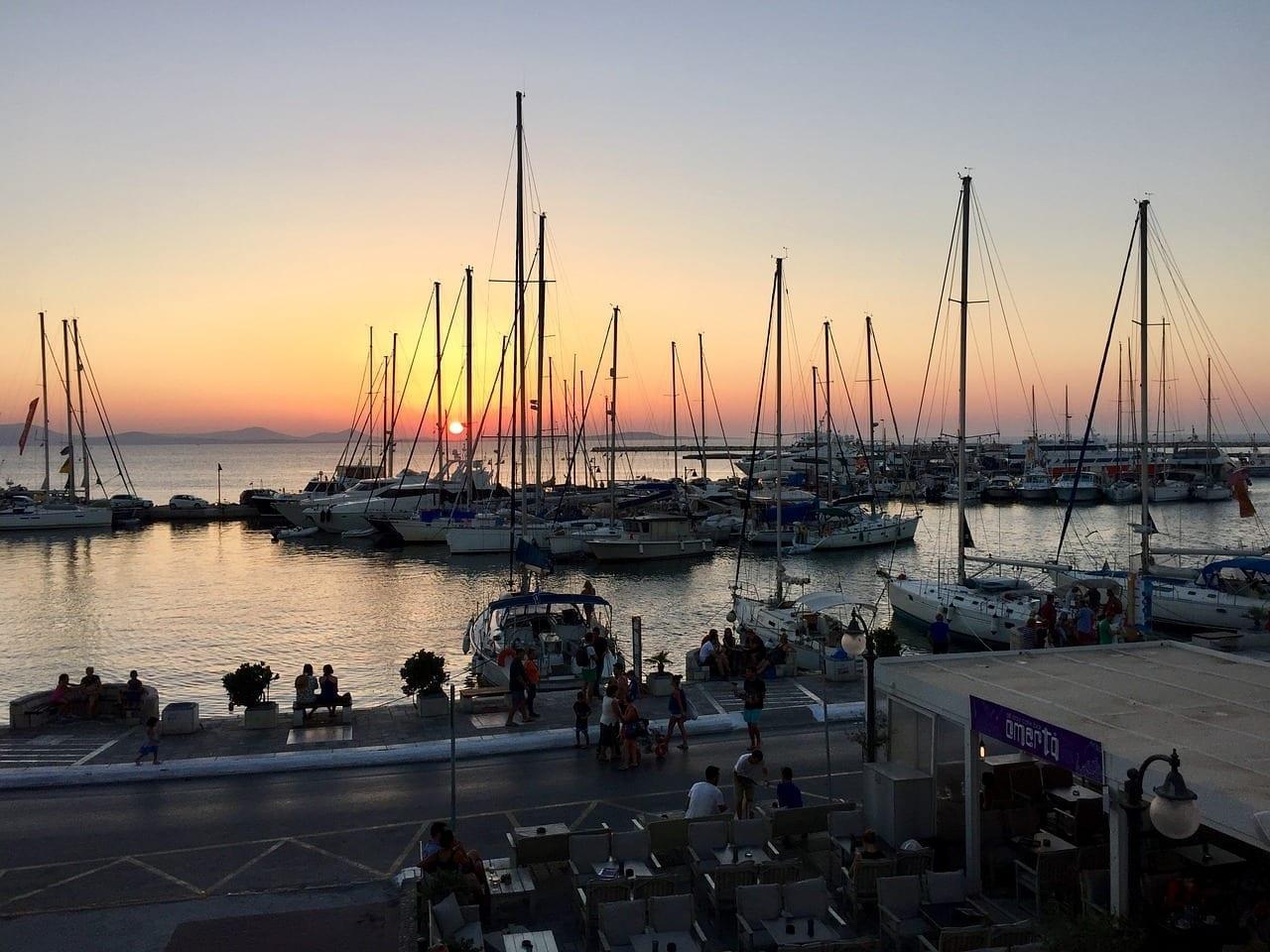 Naxos Puerto Cyclades Grecia