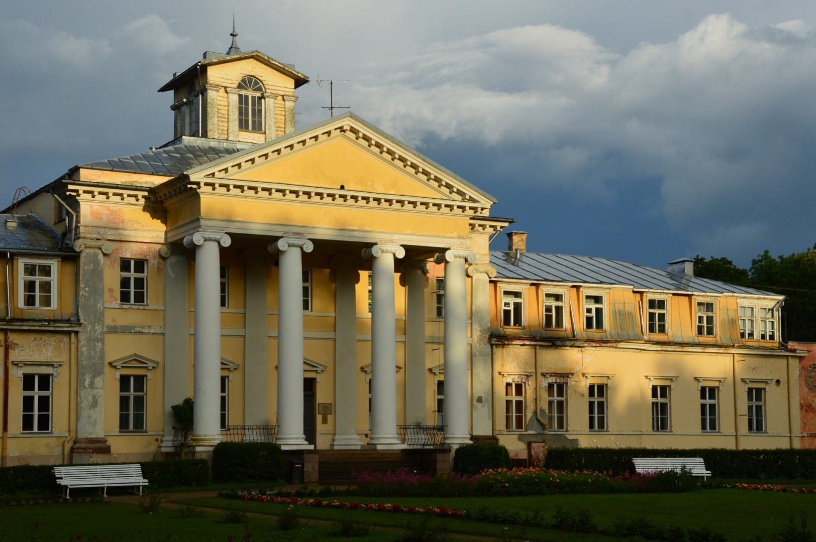 Palacio de Krimulda Sigulda Letonia