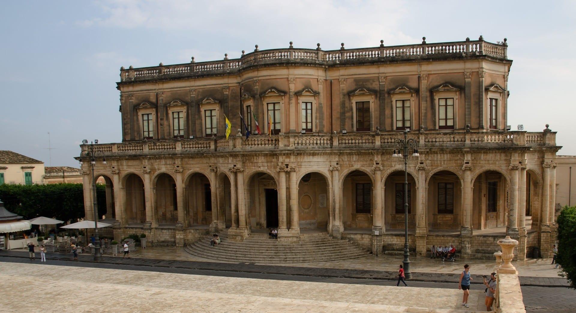 Palacio Ducezio Noto Italia