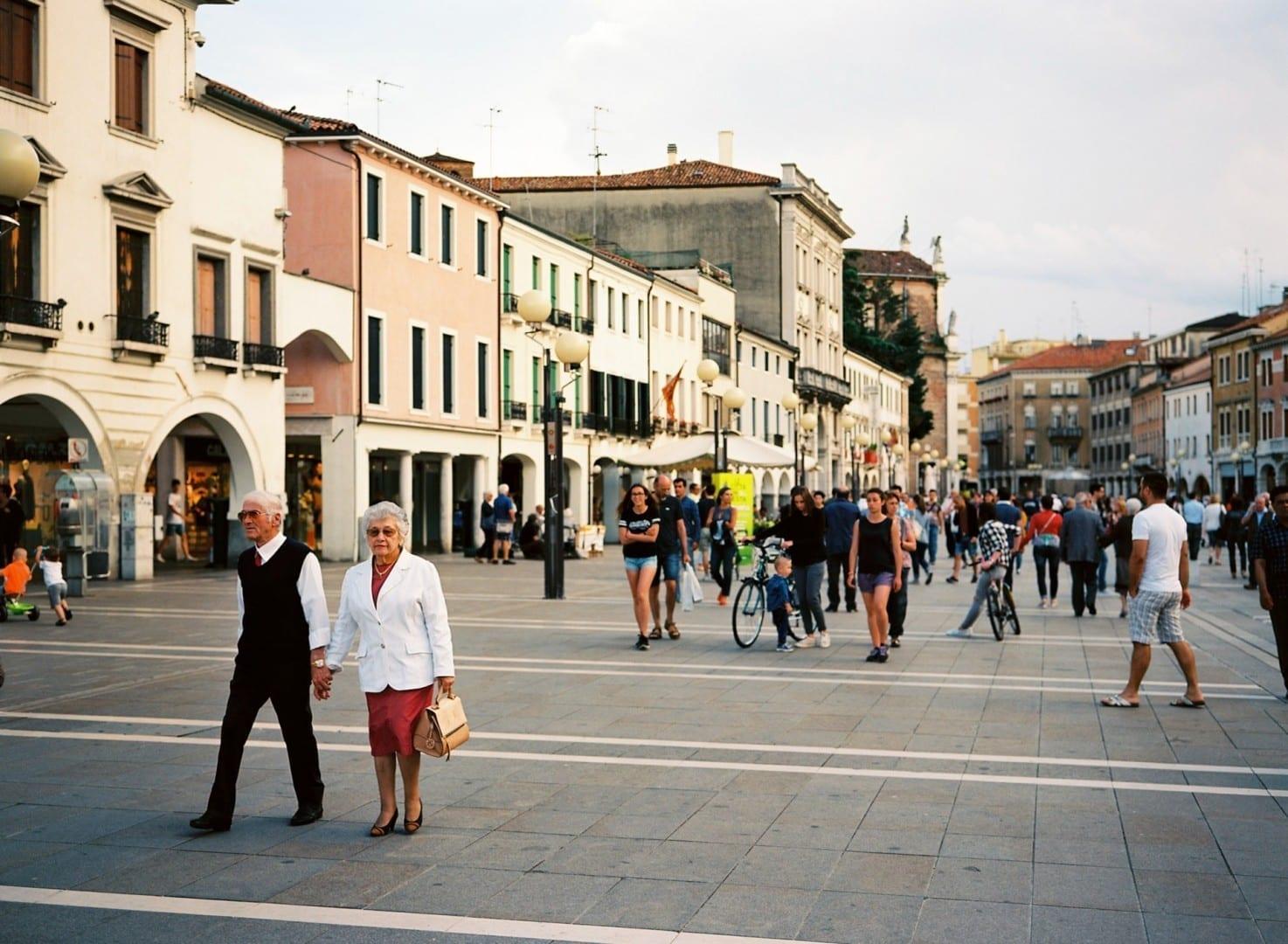 Piaza Ferretto, la principal plaza pública de Mestre. Mestre Italia