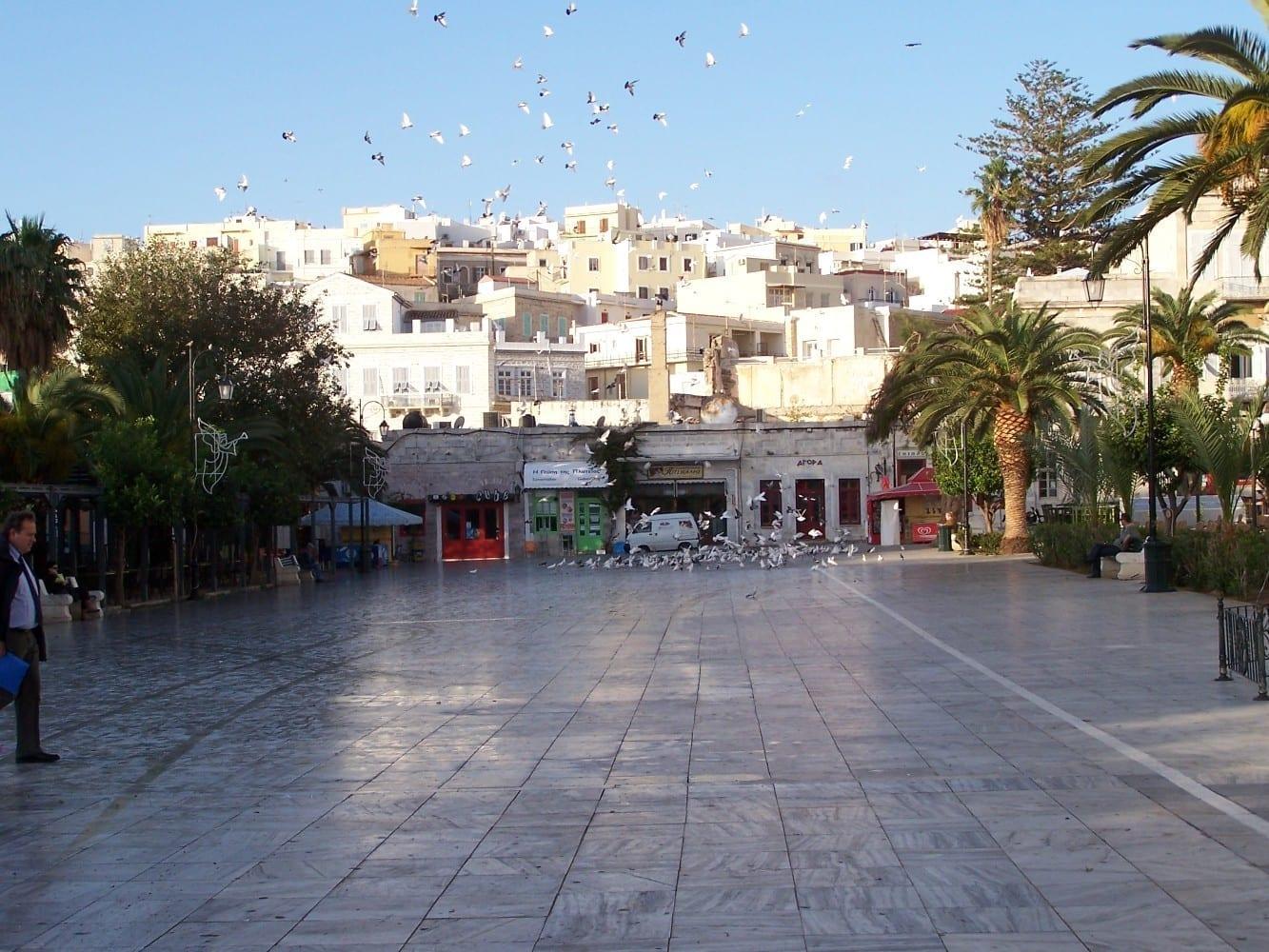 Plateia Miaouli Syros Grecia