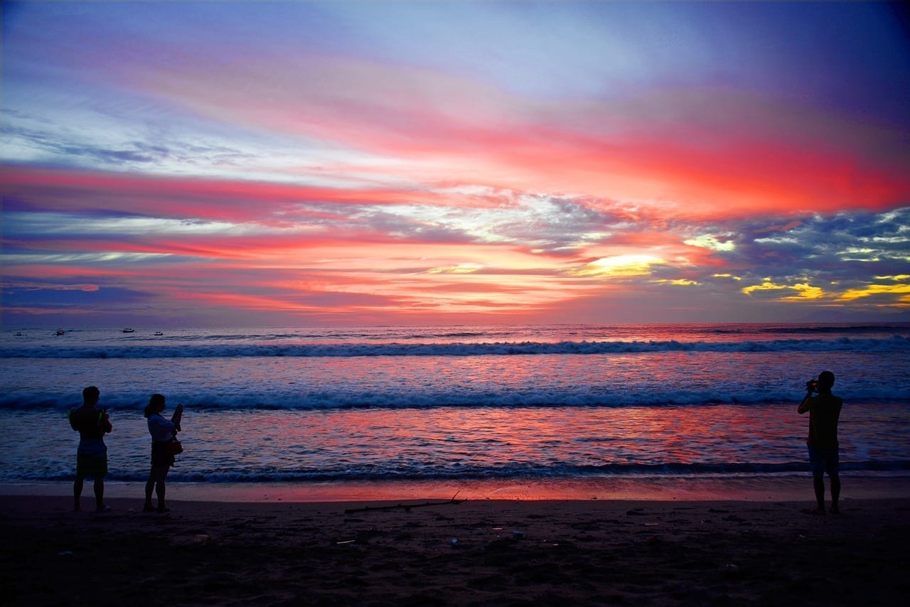 Playa De Kuta Kuta Bali Indonesia