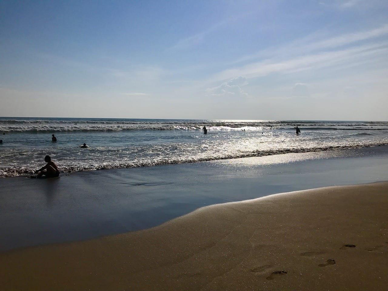 Playa De Seminyak Bali Playa Indonesia