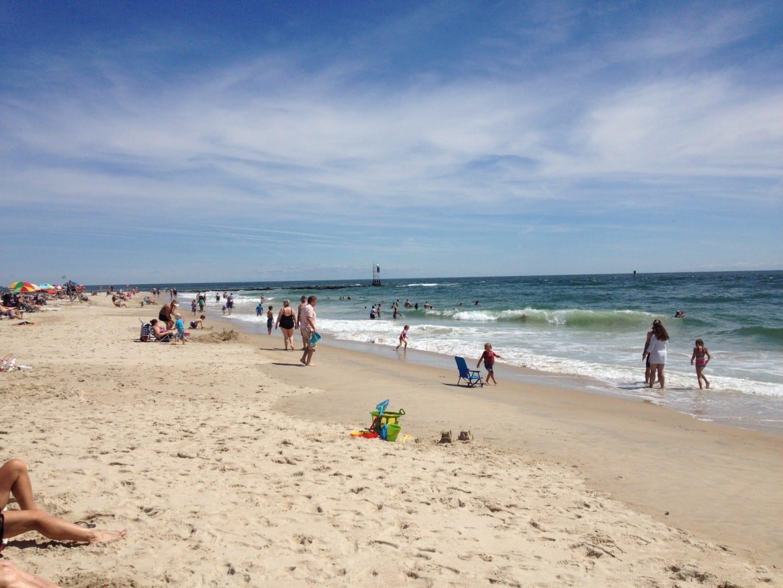 Playa en la ensenada de Indian River en el Parque Estatal de la Costa del Mar de Delaware Bethany Beach Estados Unidos