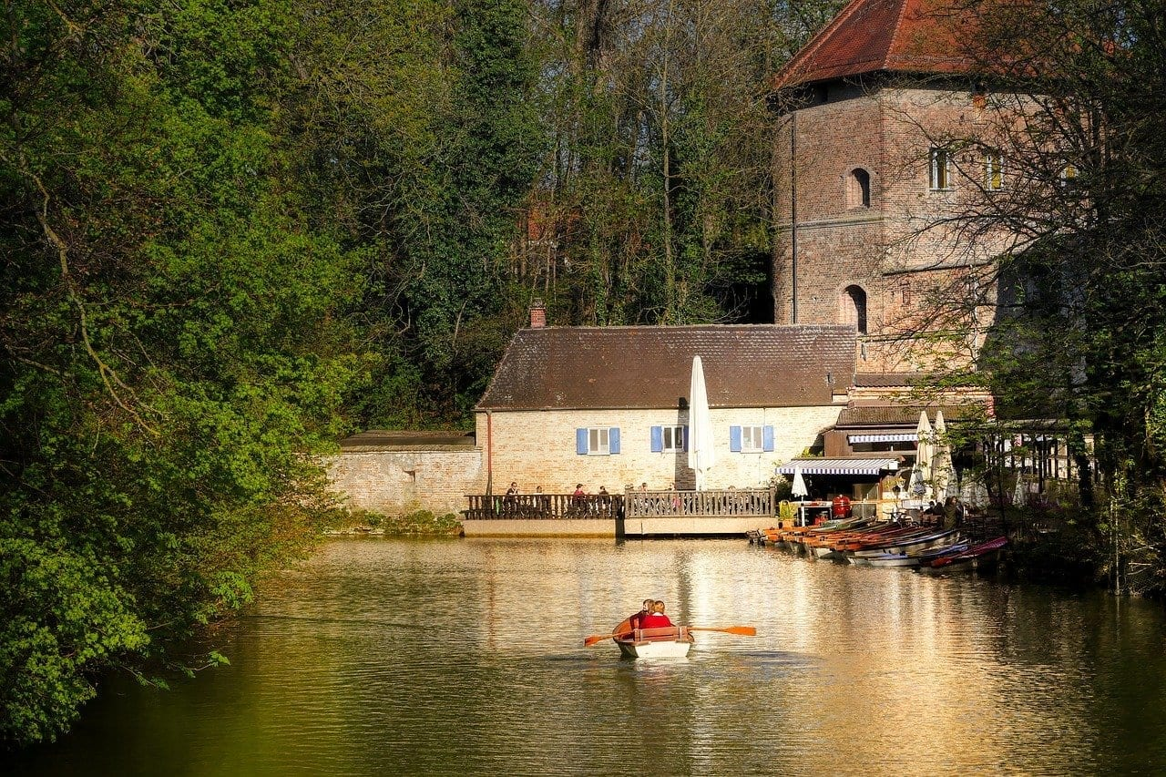 Profundidad Canal Augsburgo Alemania