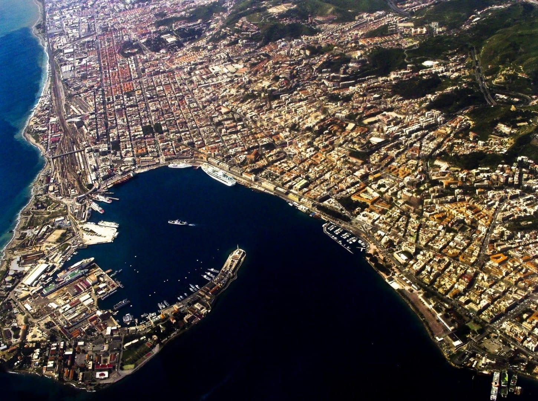 Puerto de Messina - vista aérea Messina Italia