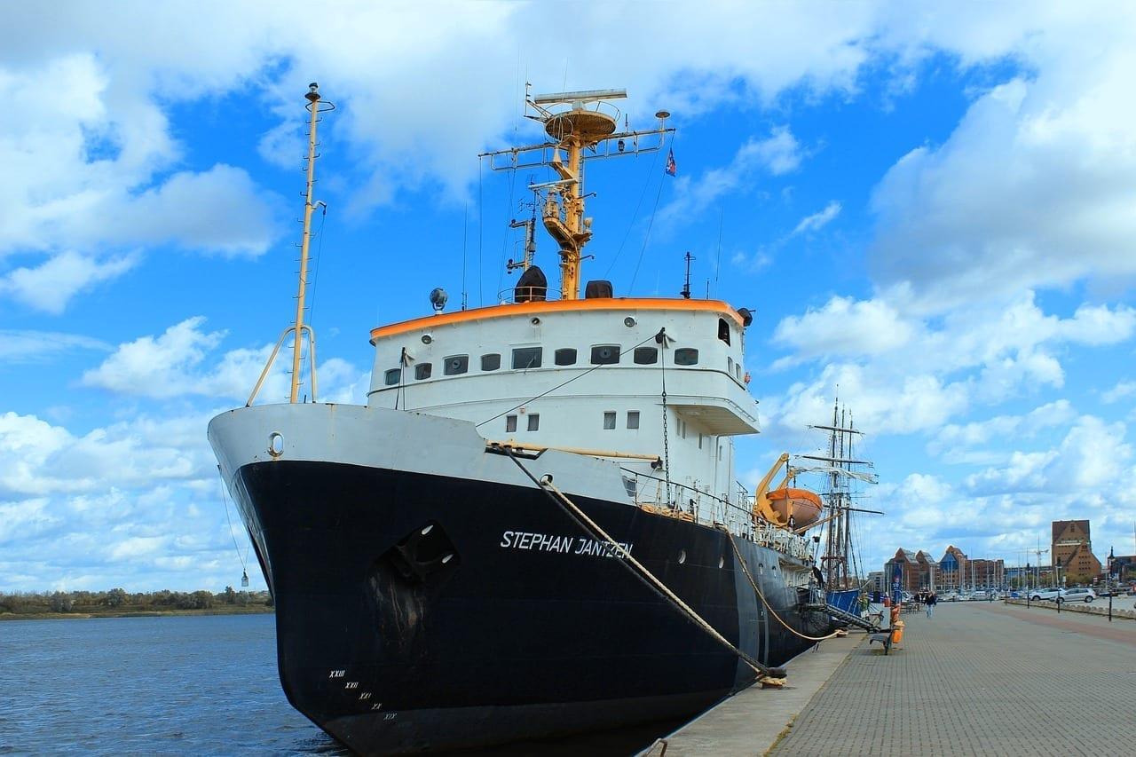 Rostock Hochseeschlepper Puerto Viejo Alemania