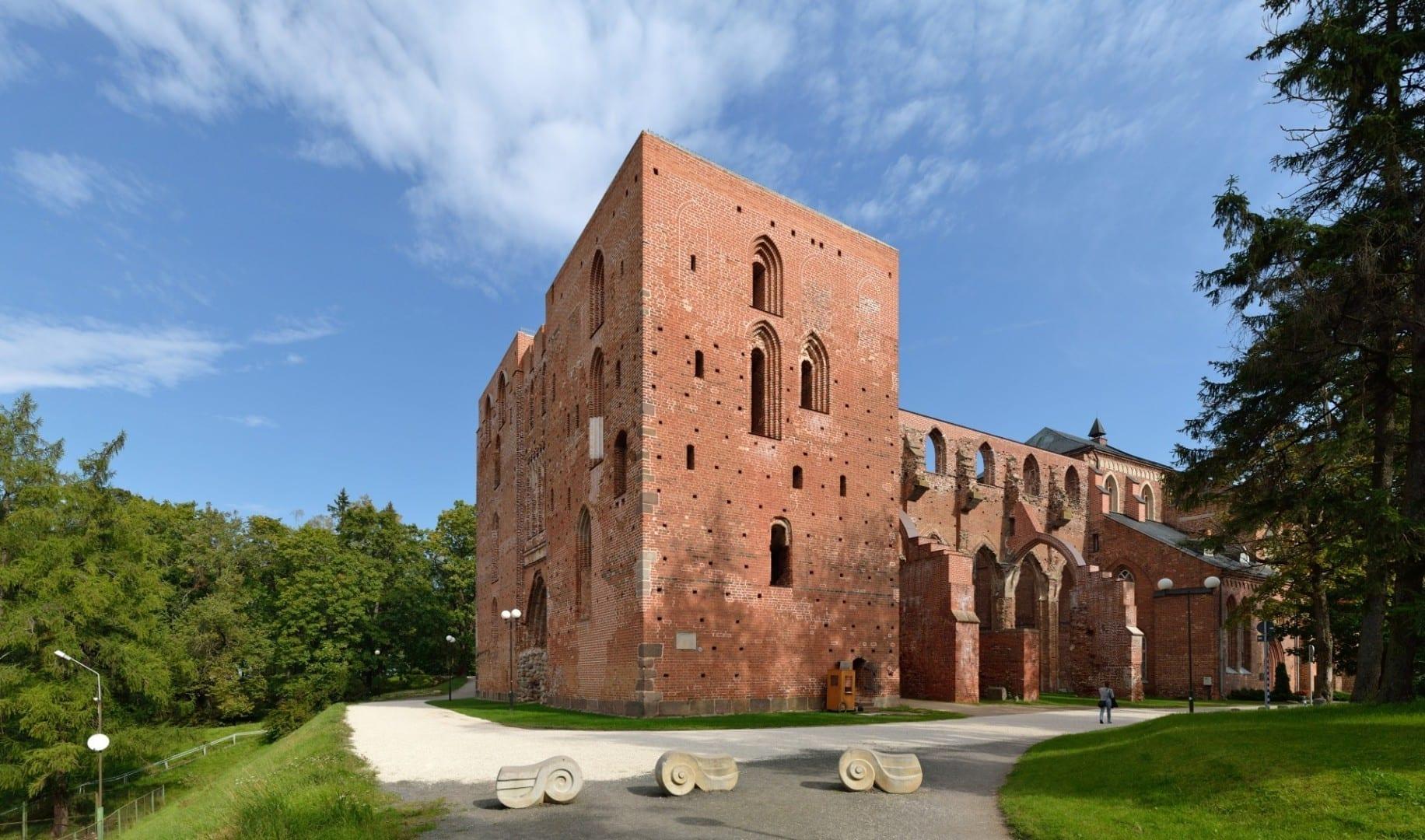 Ruinas de la Catedral de Tartu Tartu Estonia