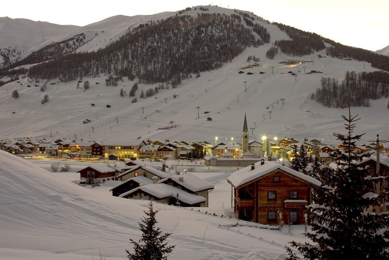 Snow Montaña Livigno Italia