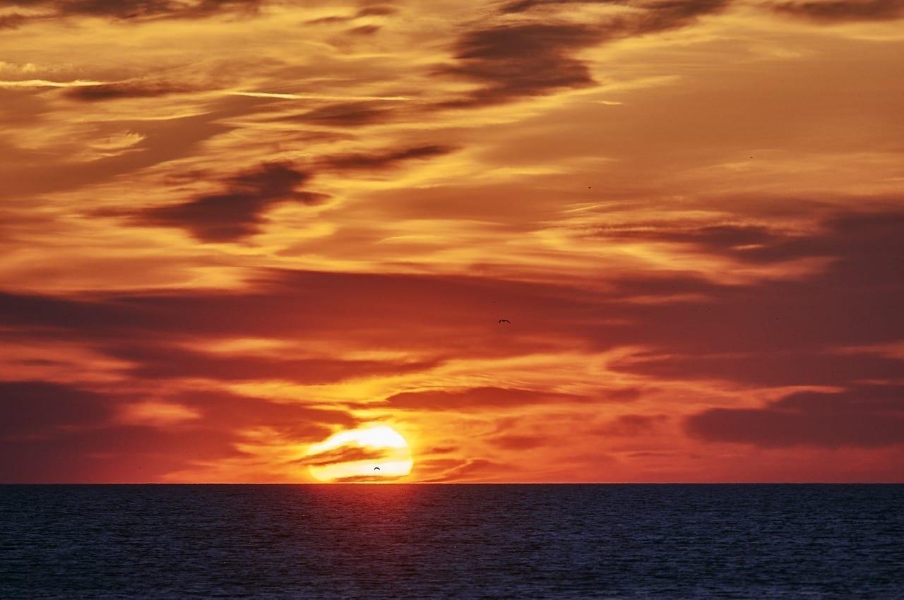 Sun Burlington Lago Ontario Canadá