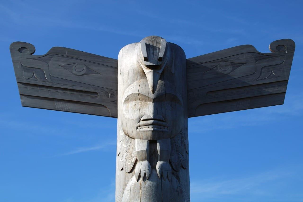 Tótem Isla De Vancouver Tofino Canadá