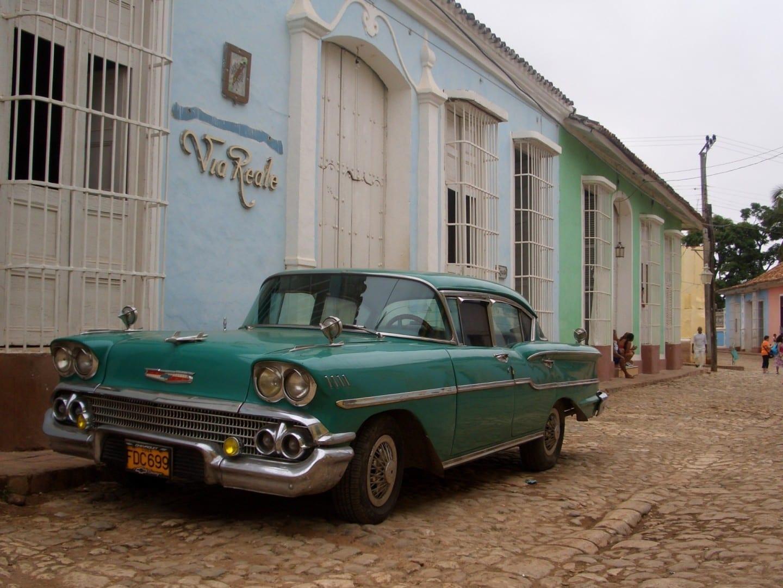 Tanque yanqui en la calle de Trinidad Trinidad Cuba