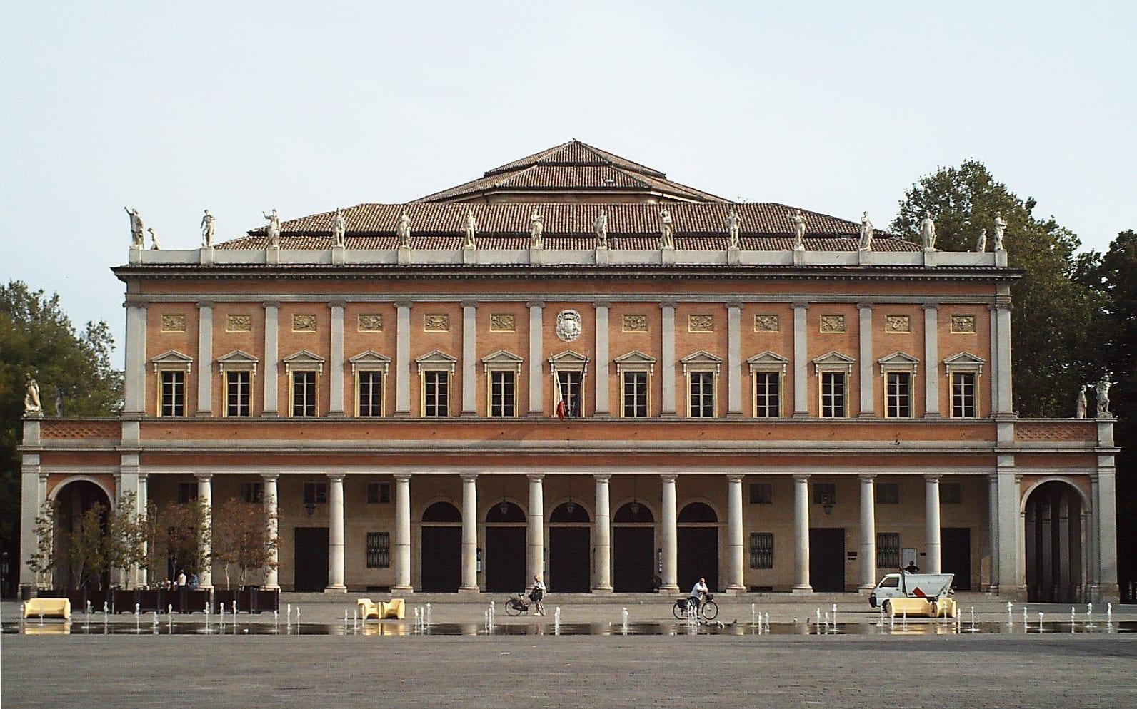 Teatro Municipal Reggio Emilia Italia