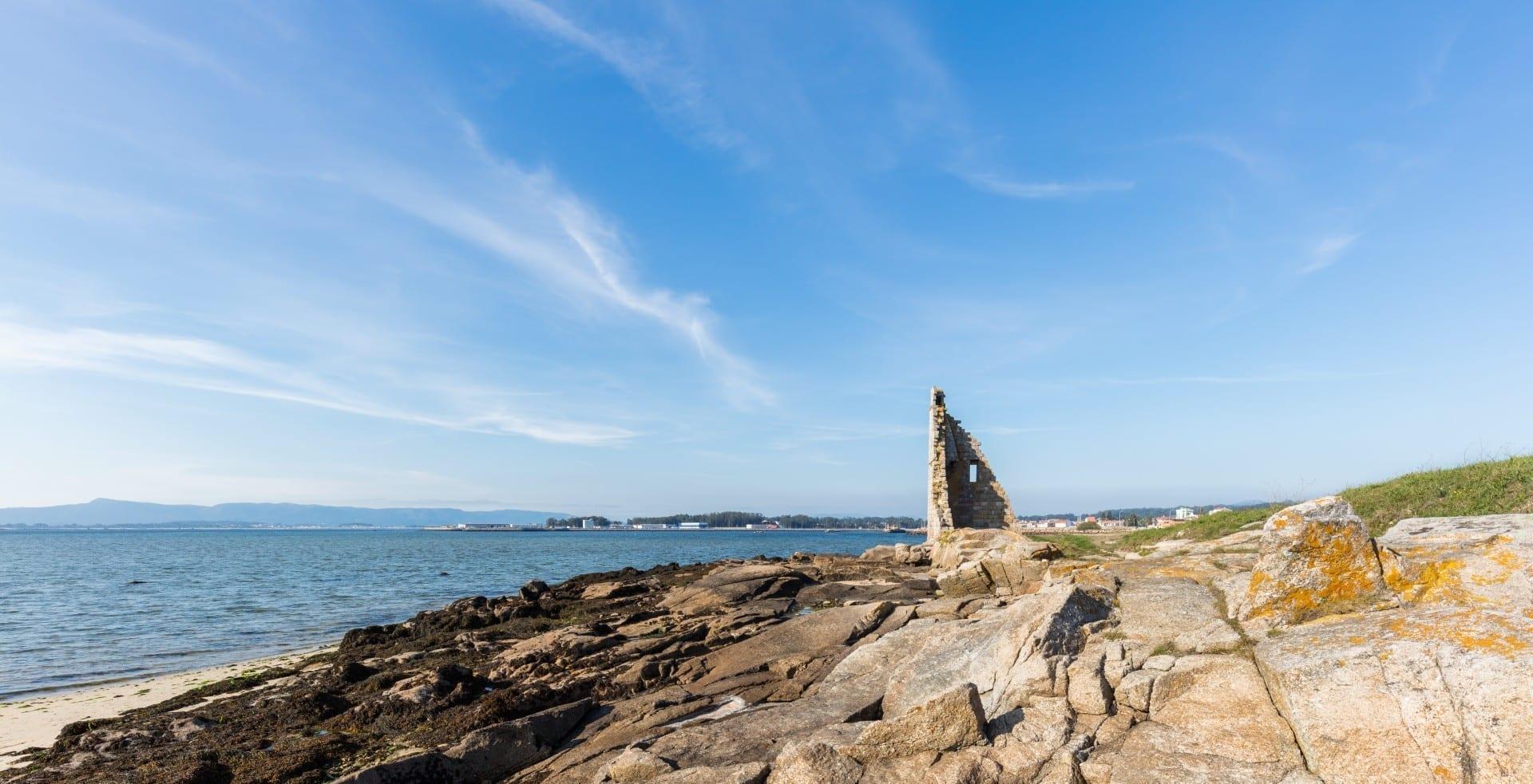 Torre de San Saturniño en Cambados, Pontevedra, a unos 25 km al norte y al oeste de la ciudad de Pontevedra Pontevedra (Provincia) España