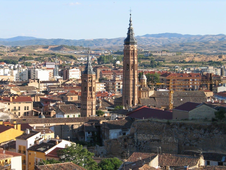 Torres de la iglesia Mujedar en Calatayud, Aragón Calatayud España