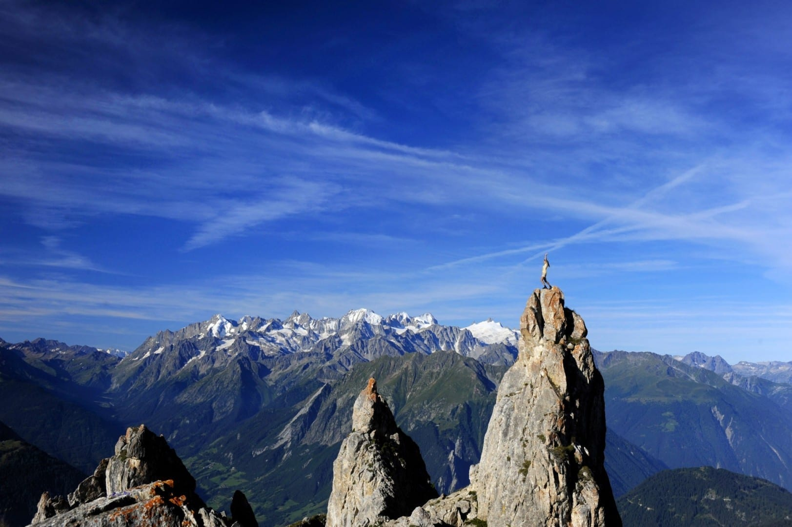 Un panorama de verano Verbier Suiza