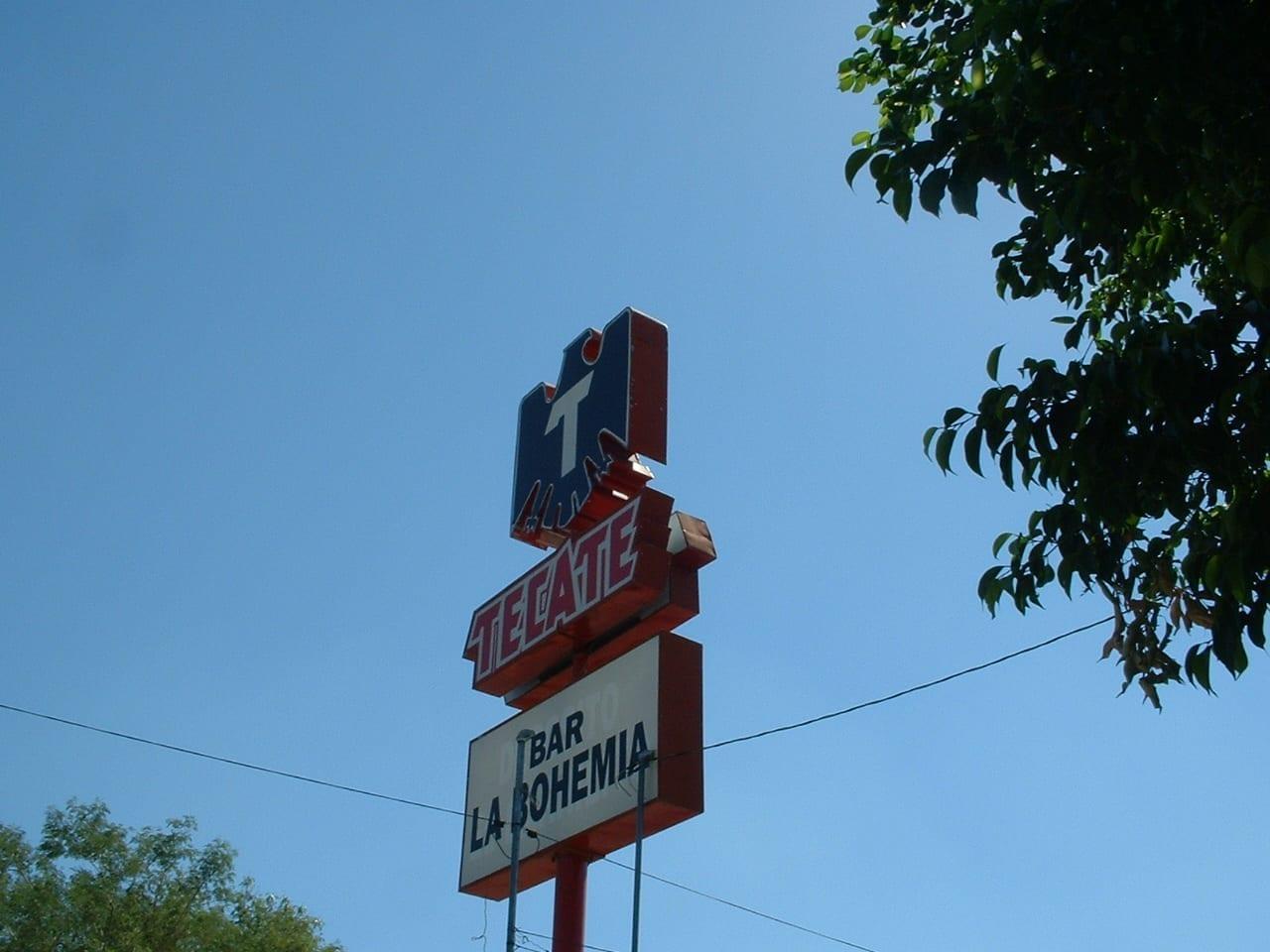 Una de las muchas tiendas de Tecate en Hermosillo, esta está cerca de El Centro. Hermosillo México