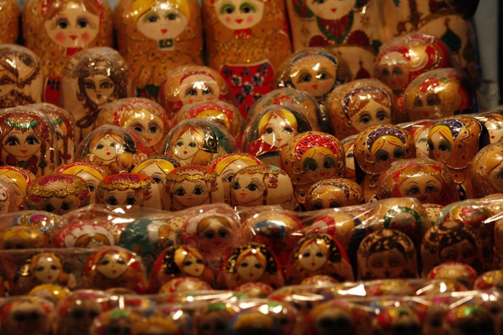 Una familia entera de muñecas matryoshka, o muñecas rusas Harbin China