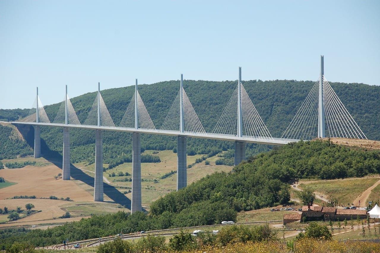 Viaducto De Millau Verano Holiday Francia